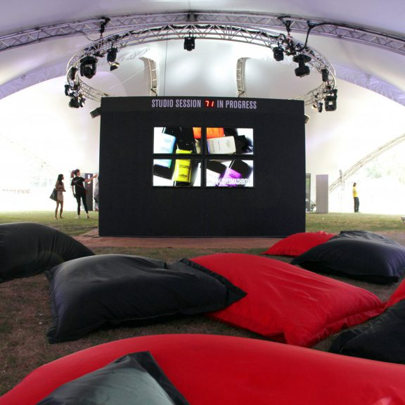 S2000 Trispan saddlespan open temporary event structure